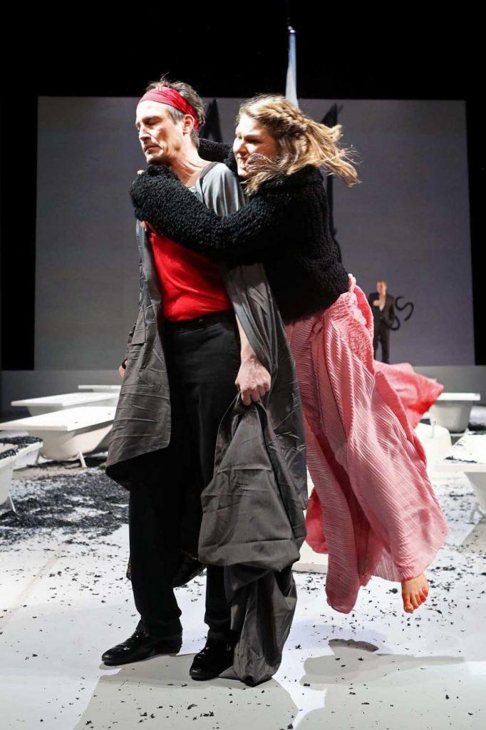 Antigone - Nils Liebscher, Sarah Zaharanski