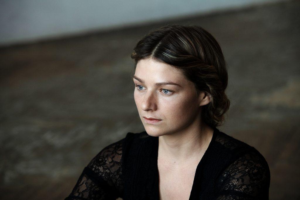 Sarah Zaharanski   © Jeanne Degraa
