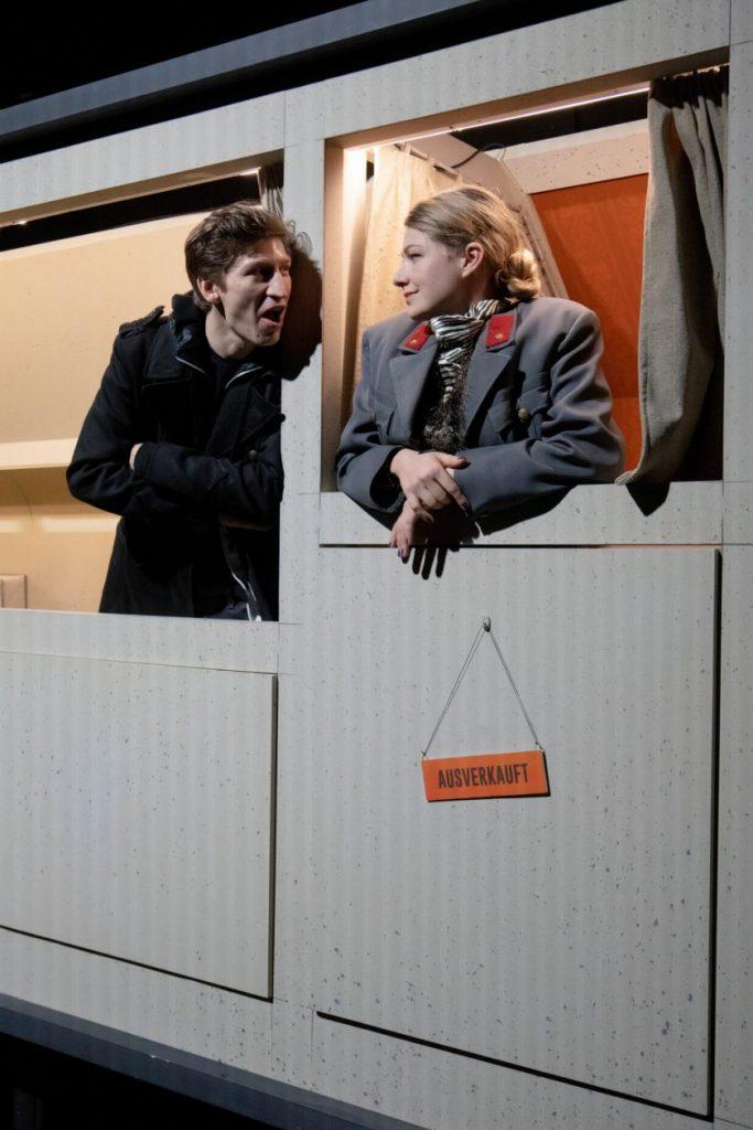Schwarze Milch (Schauspielhaus Graz) - Lukas Walcher, Sarah Zaharanski
